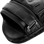 Лапи Venum Light Fokus mitts black/black