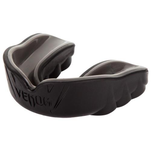 Протектор за уста Venum Challenger Mouthguard black/black