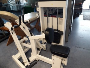 Машина за мускулите на гърба Seated Row Machine Sybex